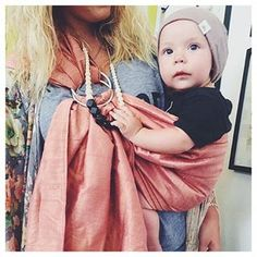 Babywearing and #mamaandlittle just go together so well @hannahleeanna your little is so adorable!