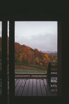 Upstate New York Food Styling & Photography Workshop by Eva Kosmas Flores Lost In America, Bonheur Simple, Autumn Cozy, Autumn Aesthetic, Window View, Best Seasons, Photography Workshops, Leaf Photography, Autumn Inspiration