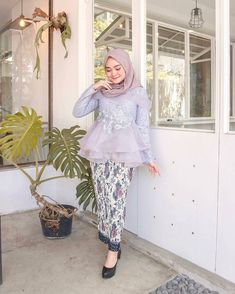 Kebaya Modern Hijab, Model Kebaya Modern, Kebaya Hijab, Batik Kebaya, Kebaya Dress, Kebaya Muslim, Batik Fashion, Hijab Fashion, Dress Brokat