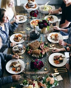 A Friendly Feast: Girls' Gathering blog post. Now available on the Anthropologie EU blog!