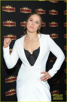 Full Sized Photo of ronda rousey wrestlemania announcement 03 Ronda Rousey Pics, Ronda Jean Rousey, Girl Celebrities, Celebs, Rhonda Rousy, Rowdy Ronda, Ufc Women, Wwe Girls, Ufc Fighters