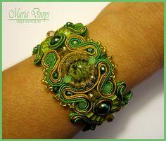 "Bracciale ""Lawn"" by Maria Durys Soutache Bracelet, Soutache Jewelry, Beaded Embroidery, Hand Embroidery, Lawn, Jewellery, Beads, Bracelets, Diy Kid Jewelry"