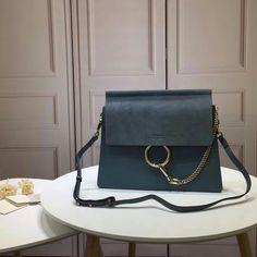 121660,Chloe Bag,Size 32x26x3 cm