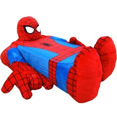The 'Incredibeds Spider-Man Bed Cover' is Interactive and Fun trendhunter.com
