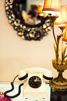 {I want this for my office— even though I use my cell as my home phone... so sleek. You know it'll be like an antique ;) }