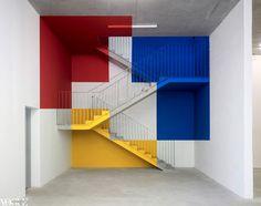 Resultado de imagem para children's room and furniture for the Bauhaus ALMA Bauhaus, Colour Architecture, Interior Architecture, Interior Design, Mondrian Art, 3d Modelle, Anamorphic, Vogue Living, Decoration Inspiration