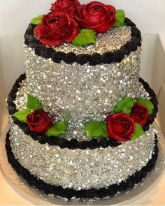 Image may contain: dessert, flower and food Beautiful Cake Designs, Gorgeous Cakes, Pretty Cakes, Amazing Cakes, Crazy Cakes, Fancy Cakes, Food Cakes, Cupcake Cakes, Cake Decorating Videos