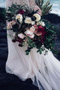 romantic rose wedding bouquet in pink and burgundy