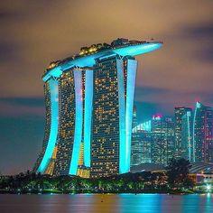 Marina Bay Sands, Singapore  ~ Photograph By @peeramaytha #wowplanet