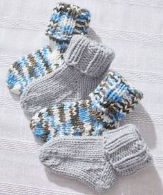 Baby Socks Pattern Knitting First Try At Some Newborn Socks Link To Pattern Httpwww. Crochet Baby Socks, Knit Baby Booties, Knitted Socks Free Pattern, Diy Baby Socks, Booties Crochet, Crochet Slippers, Knitting Socks, Free Knitting, Magic Loop Knitting