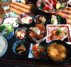 Kingyo Izakaya 金魚居酒屋 - West End - 871 Denman St