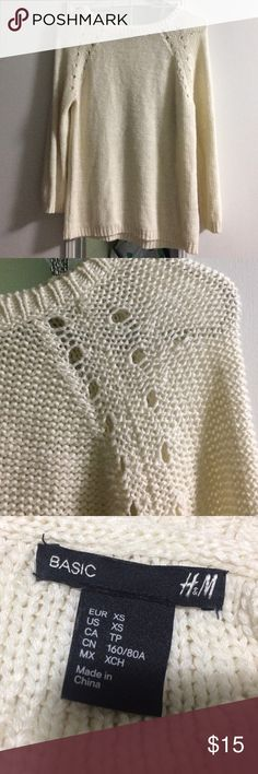H&M Cream Sweater Like new, flawless condition H&M Sweaters Crew & Scoop Necks
