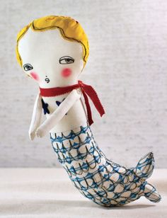 Free pattern and instructions to make this mermaid doll. Lark Crafts