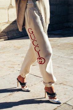 Our Anak - Gucci Heel - Ideas of Gucci Heel - Gucci sweat pants heels. Our Anak Spring Street Style, Street Style Women, Jogging, Beautiful Outfits, Cute Outfits, Sweatpants Outfit, Matches Fashion, Fashion Sites, Cardigan