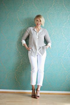 Comfy casual summer outfit with a soft and feminine blouse. The blouse is from the collection of Dorothee Schumacher (http://www.dorothee-schumacher.com/). Glam Up your Lifestyle is a German fashion blog that has plenty of fashion inspiration for women over forty.