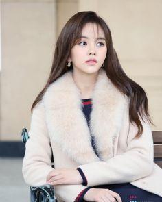 Kim So-hyun (김소현) - Picture @ HanCinema :: The Korean Movie and Drama Database Child Actresses, Korean Actresses, Asian Actors, Korean Actors, Kim So Hyun Fashion, Korean Fashion, Kim Joo Jung, Korean Celebrities, Celebs