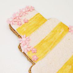 You will need: Basic shortbrea Cookie Wedding Favors, Edible Wedding Favors, Cookie Favors, The Craft Company, Vanilla Cake, Fathers Day, Wedding Inspiration, Ice, Chocolate