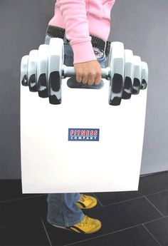 Follow this pin's link to check out tons of other bag advertisements! Eye catching and effective.