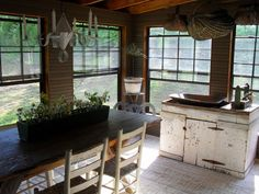 Oh how I would adore an enclosed porch