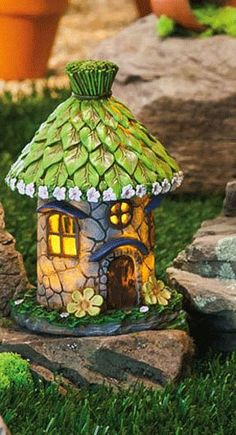 Lighted Fairy House with Green Leaf Roof