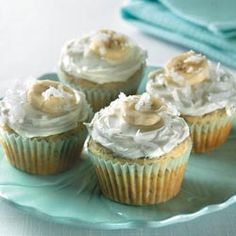 Find more healthy and delicious diabetes-friendly recipes like Banana Cupcakes With Coconut Cream Cheese Frosting on Diabetes Forecast®, the Healthy Living Magazine. Diabetic Cupcakes, Diabetic Foods, Diabetic Recipes, Healthy Recipes, Banana Cupcakes, Healthy Deserts, Living Magazine, Gestational Diabetes