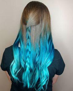 WEBSTA @ adlydesign -  Left her natural color at the top. Creating  mermaid waves using @joicointensity cobalt blue and Jen VandenBos pastel blue. #btcbigshot_creativecolor16 #btconeshot_rainbow16 #btconeshot_braids16 #btconeshot_ombre16 #licensedtocreate #cosmoprofbeauty #taotam #unicorntribe #mermaidians #modernsalon #americansalon #stylistshopconnect #hotonbeauty #embeemeche #pastelbluehair