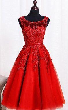 3ffb0e598b7 robe de soirée rouge courte encolure illusion avec broderies Robe De  Princesse Femme