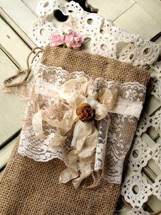 Vanilla Dreams Lace Burlap Bag
