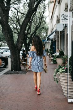 Gone gingham with pops of pink // Deanie Michelle Blog