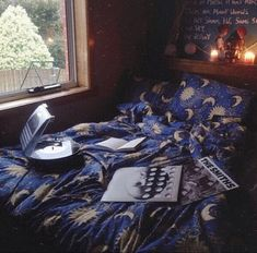 5k0wu7-l-610x610-scarf-moon-sun-stars-bedspread-duvet-sheets-cover-bedroom-perrie+edwards-coat-dress.jpg (610×602)
