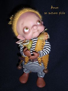 http://denisebledsoe.files.wordpress.com/2011/11/acorn-an-autumn-pixie-bledsoe.jpg