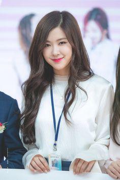 Kim Jennie, South Korean Girls, Korean Girl Groups, Blackpink Debut, Rose And Rosie, Bubble Pictures, Rose Icon, Rose Park, Blackpink Photos