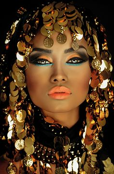 "Dibond kunstwerk ""Portrait of an Arabian princess"" te koop - Mooi kunstwerk ""Portrait of an Arabian princess"" is geprint en afgelakt op 3 mm dibond (AluAr - Black Women Art, Beautiful Black Women, Black Art, Black Gold, African Beauty, African Women, African Art, Beauty Photography, Arabian Princess"