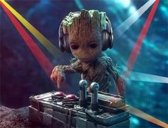 Dj Baby Groot by syn barebone (@supescavill)