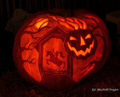 Sleepy Hollow Jack olantern! My favorite spooky story in pumpkin form.