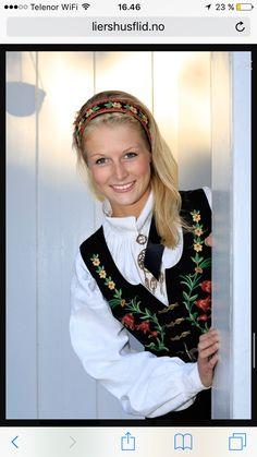 Løken Crown, Fashion, Moda, Corona, Fashion Styles, Fashion Illustrations, Crowns, Crown Royal Bags