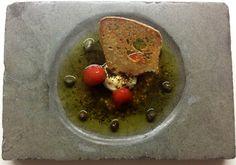 Τοματίνια με μέλι, κατσικίσιο τυρί, θυμάρι και κάππαρη, από τον Αθηναγόρα Κωστάκο - Andro