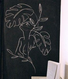 sketches and drawings Art And Illustration, Botanisches Tattoo, Leaf Tattoos, Chalkboard Wall Art, Art Inspo, Painting Inspiration, Mural Wall Art, Bedroom Art, Chalk Art