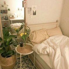 Room Design Bedroom, Room Ideas Bedroom, Bedroom Decor, Bedroom Inspo, Korean Bedroom Ideas, Mirror Bedroom, Beige Room, Aesthetic Room Decor, Beige Aesthetic