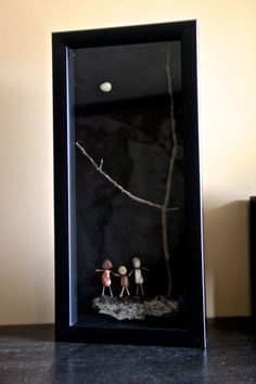 """Awesome Shadowbox Art - Made of Sticks and Stones - """"Family""""- Shadow Box Kunst, Shadow Box Art, Stone Pictures Pebble Art, Stone Art, Sea Crafts, Nature Crafts, Stone Crafts, Rock Crafts, Sea Glass Mosaic"""