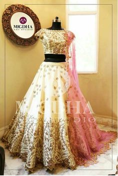 @taajshoker Indian Wedding Outfits, Bridal Outfits, Indian Outfits, Bridal Dresses, Half Saree Designs, Lehenga Designs, Pakistani Dresses, Indian Dresses, Shadi Dresses