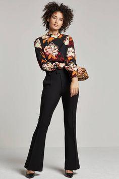 S gebloemde blouse Blouse Outfit, Floral Outfits, Jumpsuit, Blouses, Suits, Beauty, Woman, Flower, Tops