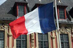 Pesquisas apontam derrota da esquerda nas eleições locais na França - http://po.st/gSKzcZ  #Política - #Eleições, #ESQUERDA, #França, #ManuelValls, #NicolasSarkozy