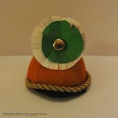 Hungarian historical soldier hat Diy Crafts How To Make, Bagan, Christmas Tree, Christmas Ornaments, Egg, Holiday Decor, Home Decor, Teal Christmas Tree, Eggs