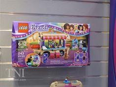 Lego Friends Amusement Park Hot Dog Stand $30 ~ Lego Friends summer 2016 sets Lego Birthday Party, Birthday List, Birthday Wishes, Dino Toys, Lego Friends Sets, Hot Dog Stand, Girl Bedroom Designs, Amusement Park, Lego Sets