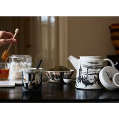 Buy your True to its origins Moomin mug 2017 from Arabia at Nordic Nest. Moomin Books, Moomin Mugs, Moomin House, Chemex Coffee Maker, Tove Jansson, Coffee Uses, Perfect Cup, Cozy Living, The Book