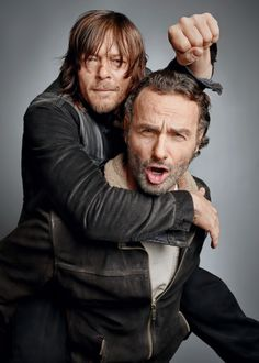 The Walking Dead AMC TV Guide Magazine Andrew Lincoln and Norman Reedus bromance Andrew Lincoln, Rick Grimes, Daryl Dixon, Norman Reedus, Daryl And Rick, Chef D Oeuvre, Fear The Walking Dead, Tv Guide, Film Serie