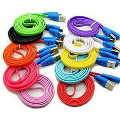 ready,,, kabel smile charger lampu klap-kelip stock warna Di kombinasikan..  Catatan, Ready barang silahkan di order...  warna ready : biru,hitam,hijau  Telp/sms : 081297419397 Pin : 2A4825F1