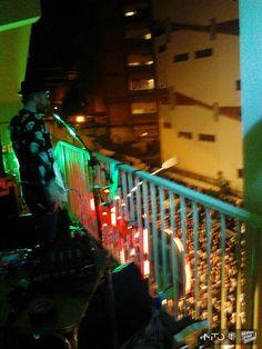 E' stata una serata piena di energia! Un Vertical Stage Session indimenticabile: eri presente? Se ti sei perso l'evento, niente paura: ecco qualche scatto live dalla serata. In arrivo nuove foto. #AlfaMiToVertical  #alfaromeo  #verticalstage  #roma  #motelconnection
