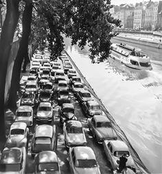 Paris 1954 ,by Robert Doisneau